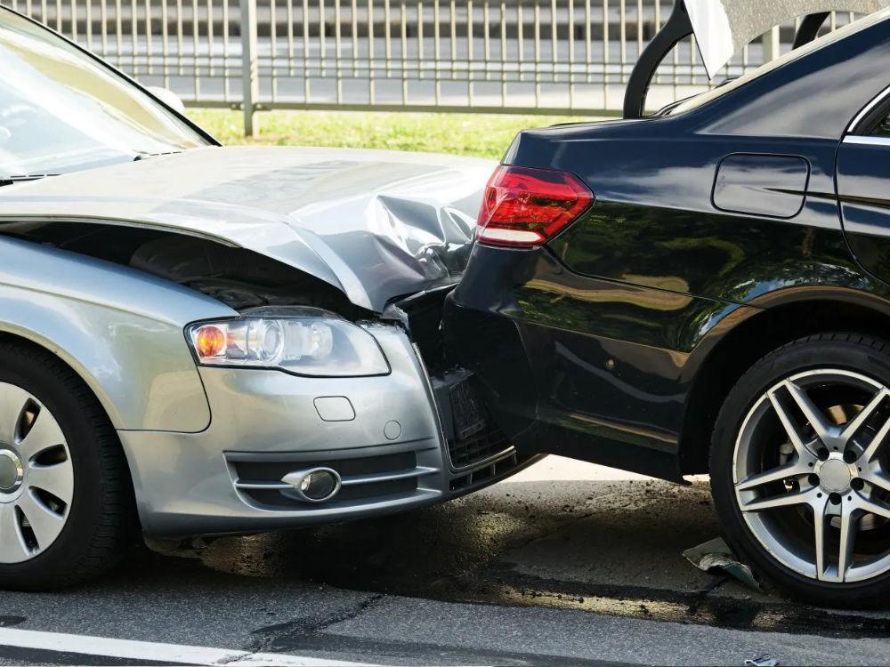 차대차 추돌 사고로 상해